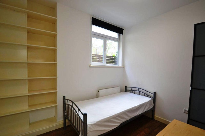 39 split level 2 bed 2 bath flat in hammersmith 39 room to for Split level homes for rent near me