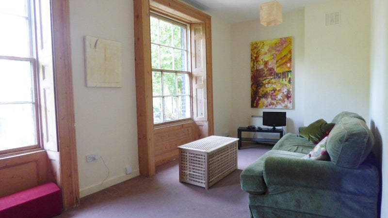 Spare Room Oval Two Double Bedroom Flat With Garden