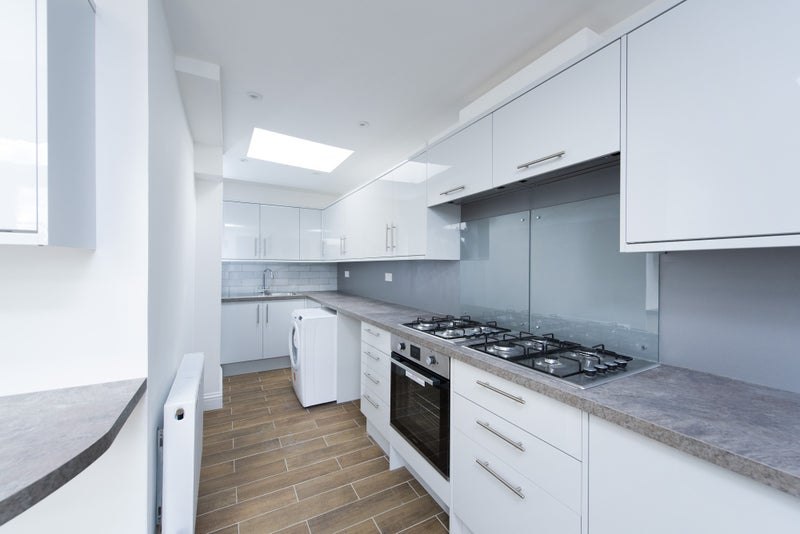 Excellent Rooms In Refurbed House Great Location Room
