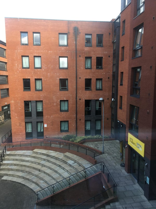 39 cosy student accommodation at kelham island 39 room to rent. Black Bedroom Furniture Sets. Home Design Ideas
