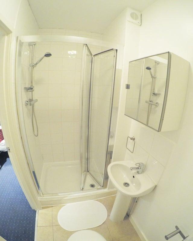 Single Room Newham