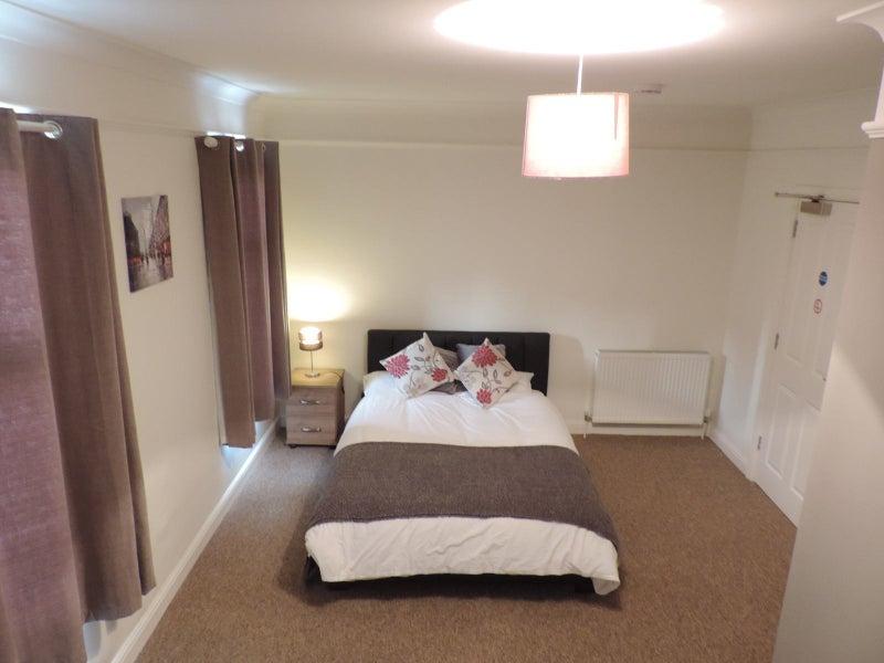Ensuite Room To Rent In Peterborough