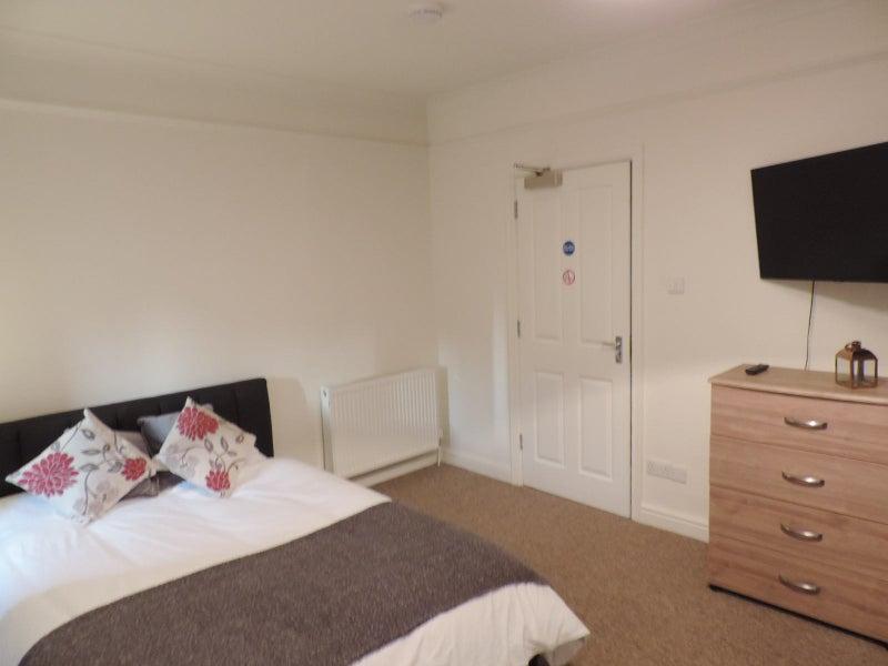 Ensuite Room Rent Peterborough