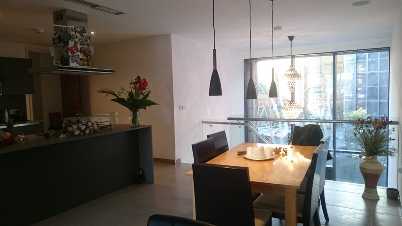 Click To Zoom Dining Area With Big Open Kitchen