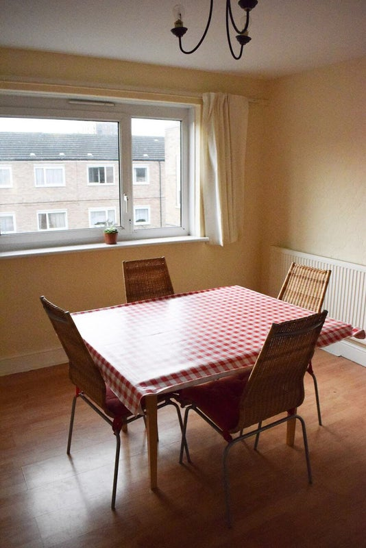 39 double room with living room zone 2 39 room to rent from for Living room zones