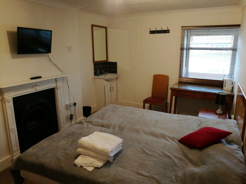 Single Room For Rent In Eastbourne