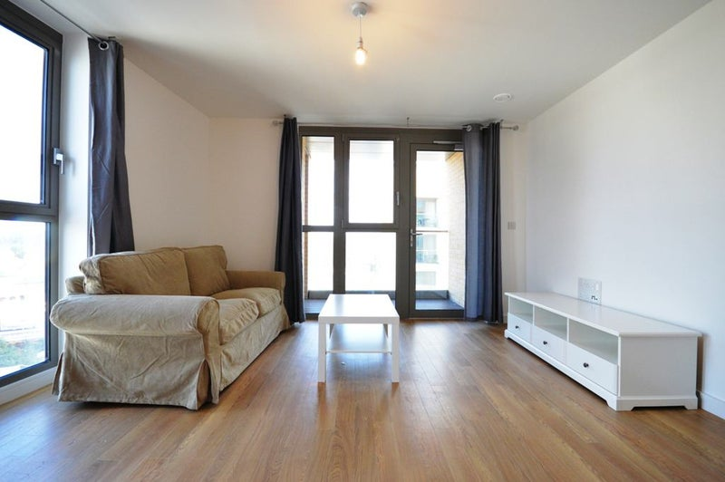 39 Available Now 2 Bedroom Apartment 39 Room To Rent From Spareroom