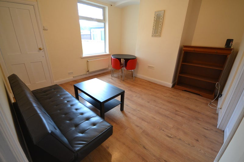 Large Double Room Melton Mowbray Room To Rent From Spareroom