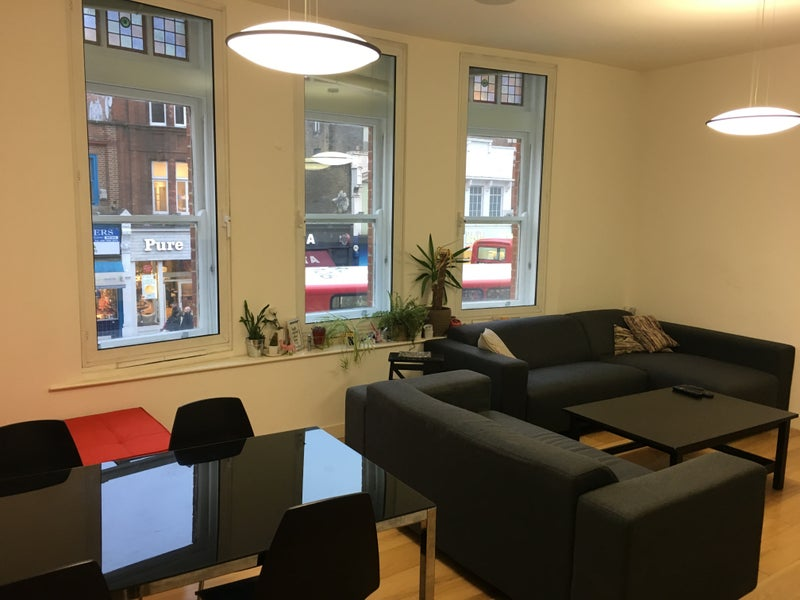 Click To Zoom Hi Double Bedroom With Ensuite Available On Camden High Street