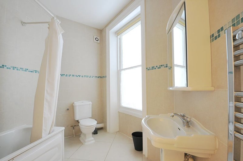 Ensuite Double Room Nw