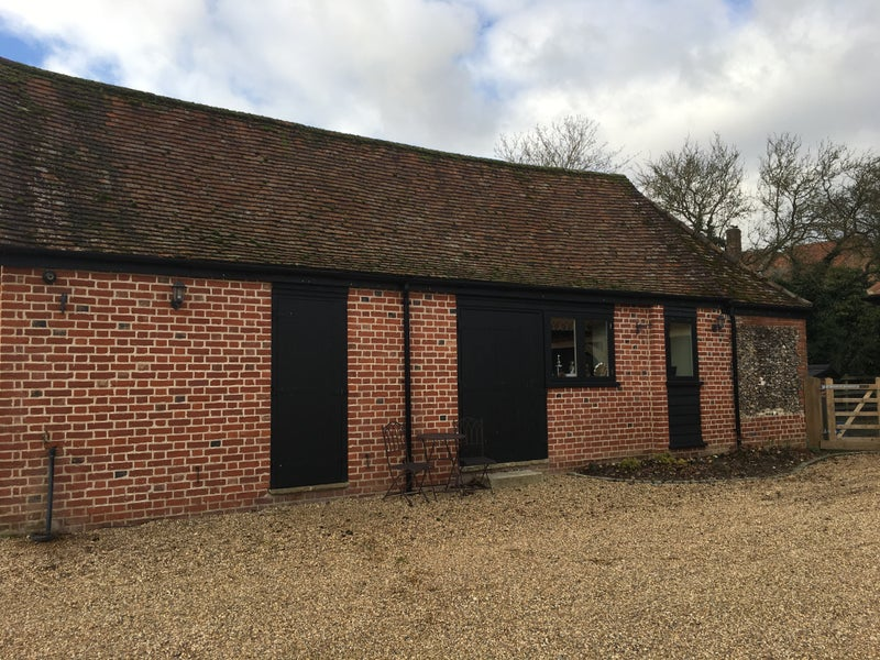 1 Bed Cottage on Private Farm Kimpton Room to Rent from SpareRoom
