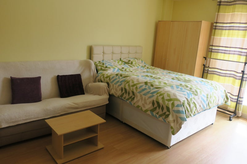 Gunwharf Room Rent