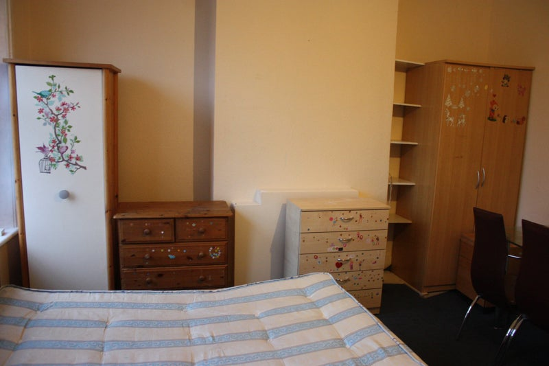 Single Room Elephant And Castle  Pw
