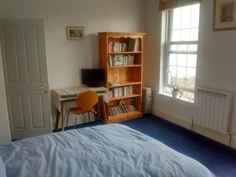 39 Large Single Room In St Peter Port Guernsey 39 Room To Rent From Spareroom
