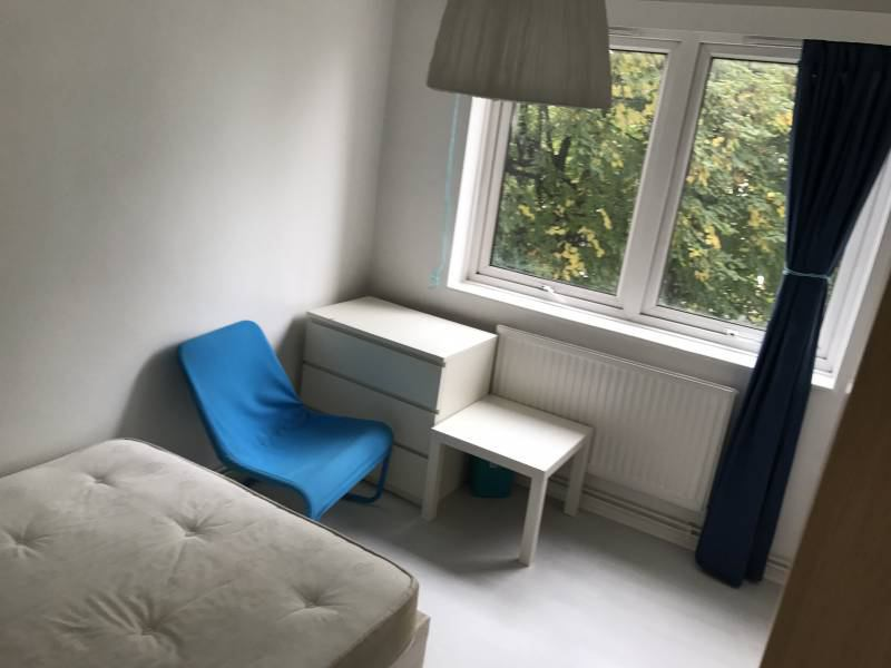 Spare Room Single Room To Let Well Located