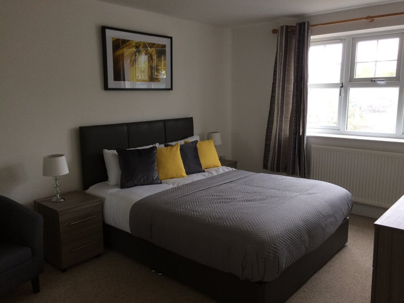 Two Rooms Flat Watford For Rent