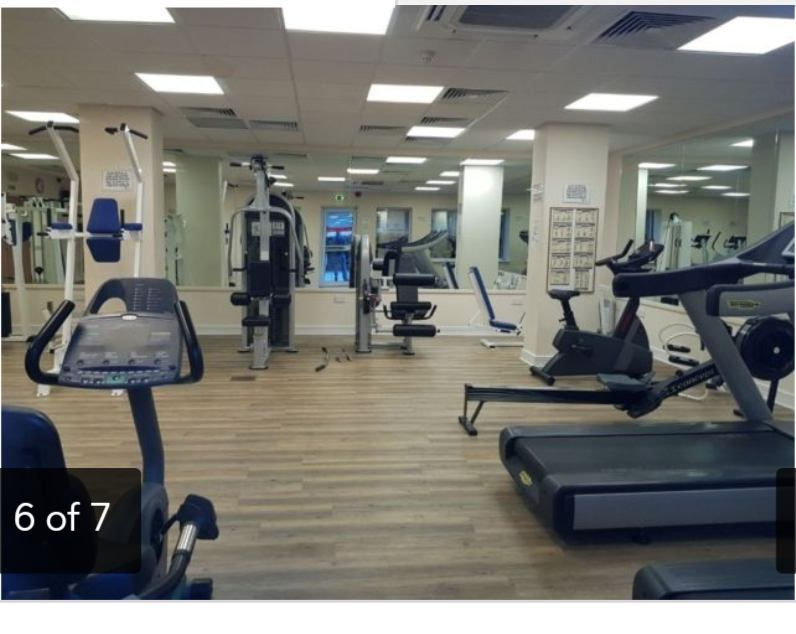 Large double room available in stratford free gym room to rent