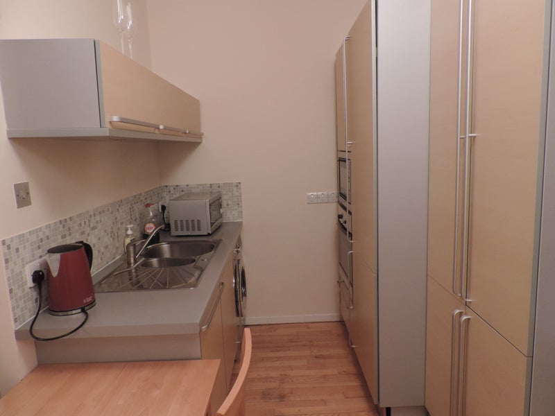 Amazing 1 Bed Flat In Canada Water Room To Rent From