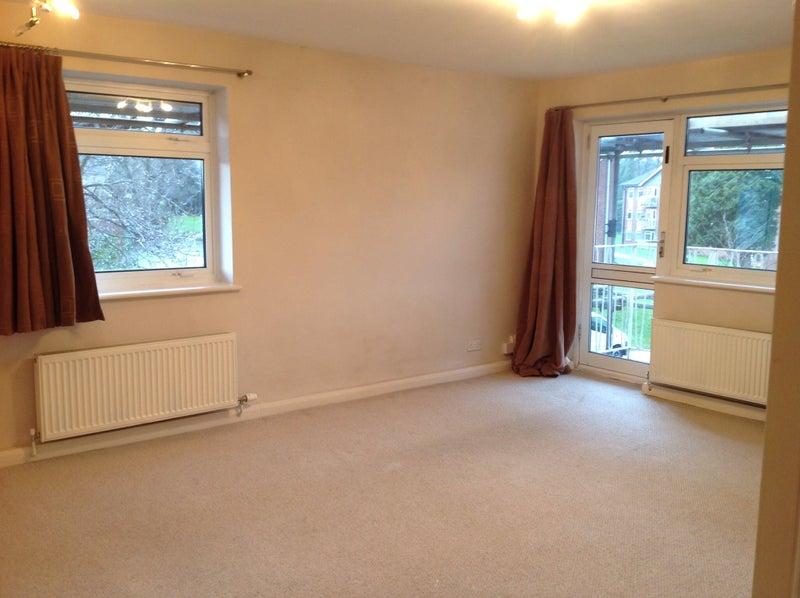 Rent Room Ash Vale