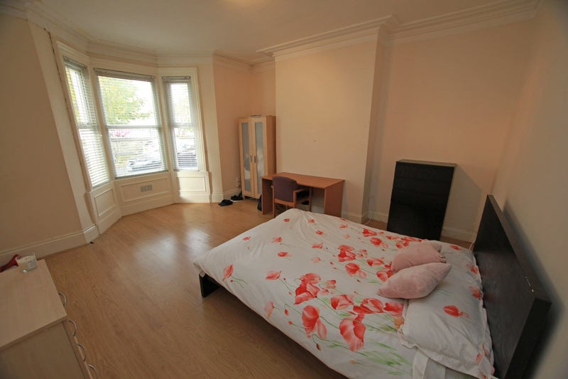 Professional Room To Rent Newcastle