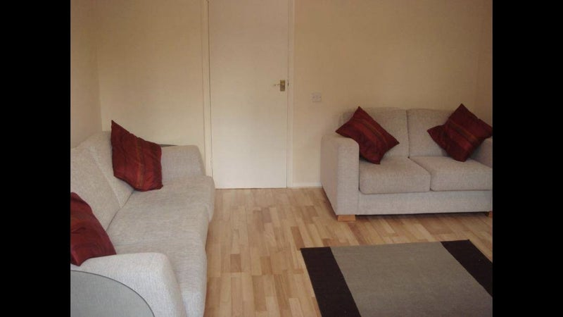 Greenwich - Double, 2 Mins From Station & Park' Room to Rent