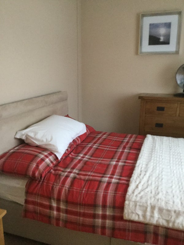 40 Double Bedrooms Available Clean And Tidy ' Room To Rent From Extraordinary Clean Bedrooms