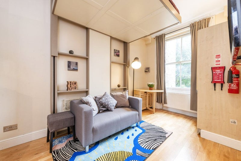 amazing studio apartment next to notting hill room to rent from