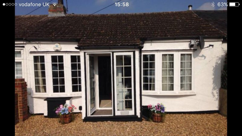 WOODLEY HOUSE SHARE READING Single Person Only Clean Well Maintained 3 Bedroom Bungalow With Lots Of Character Off Road Parking Five Minute Drive To