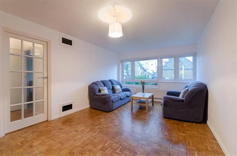 Cheap Double Room In Croydon