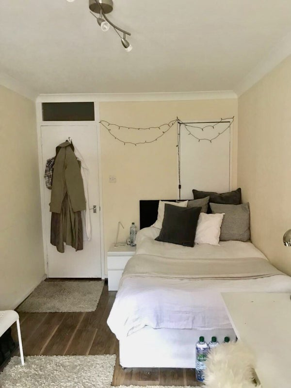 Single Room Spare Room London