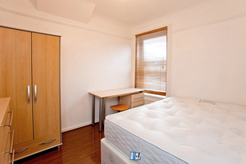 Cheap rooms to rent in south east london no deposit