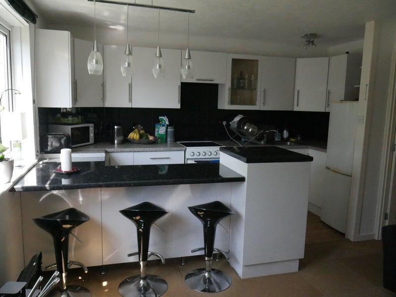 Bedroom Flat = Open plan kitchen/living ‹ SpareRoom