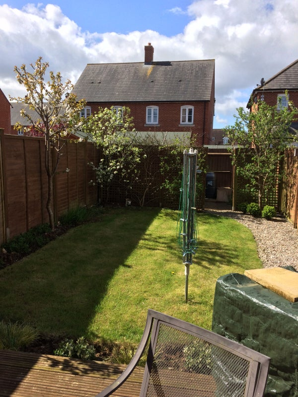 Double room in modern two bed semi detached house Main Photo