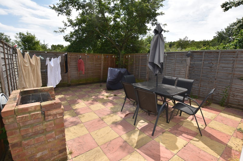 Double Room London East Acton