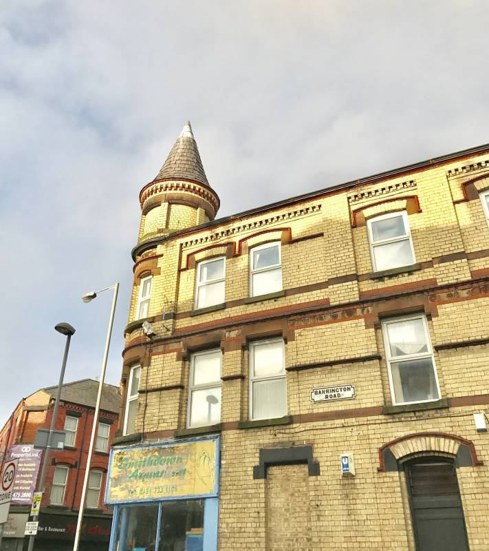 Light Shop Liverpool Road Ainsdale: '*Boutique Flat On Smithdown Rd*' Room To Rent From SpareRoom