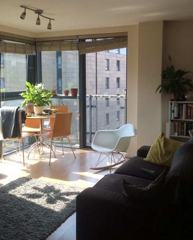 Click To Zoom: Living Room Area/balcony