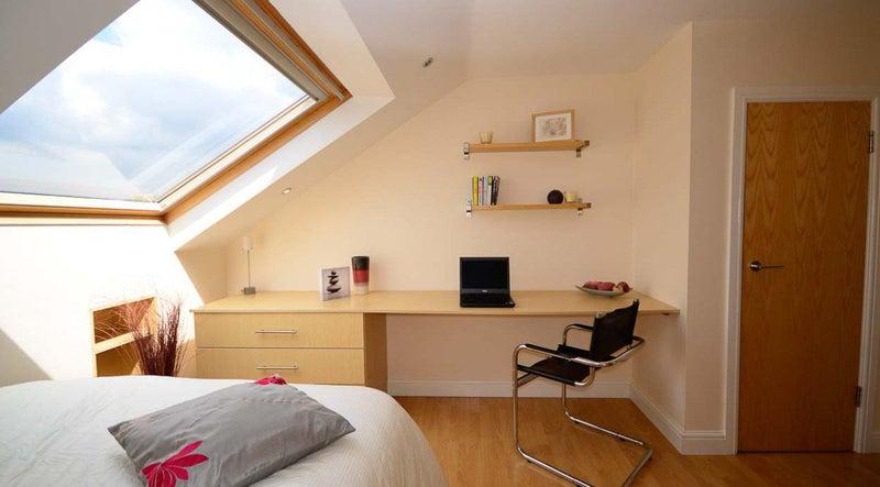 Click To Zoom Bedroom