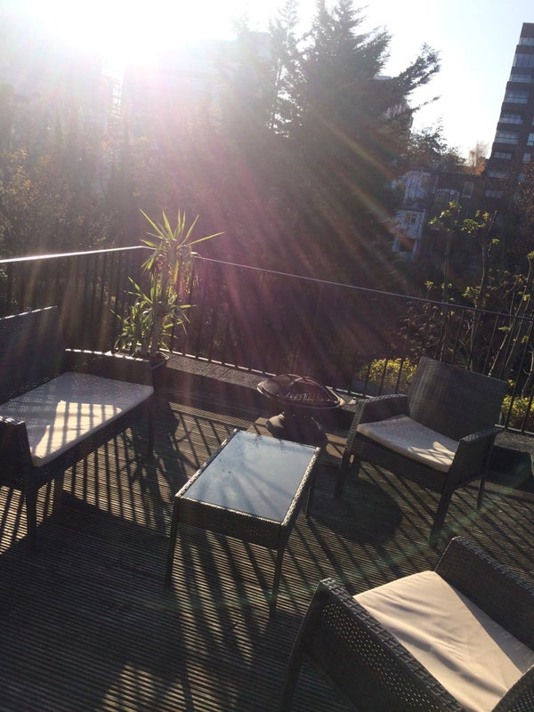 Putney Double Christmas/ New Years Sublet' Room to Rent from SpareRoom