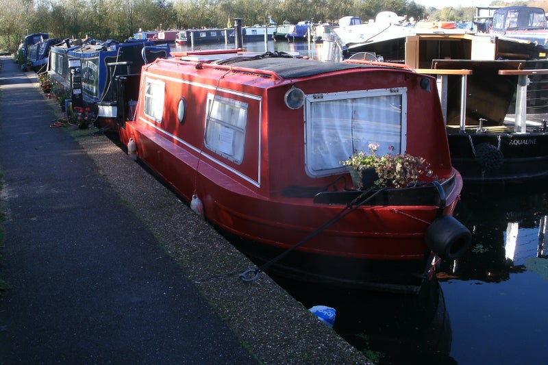 Rent Boat London Spare Room