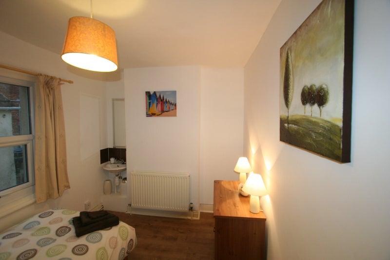 Rooms To Rent In Swindon No Deposit