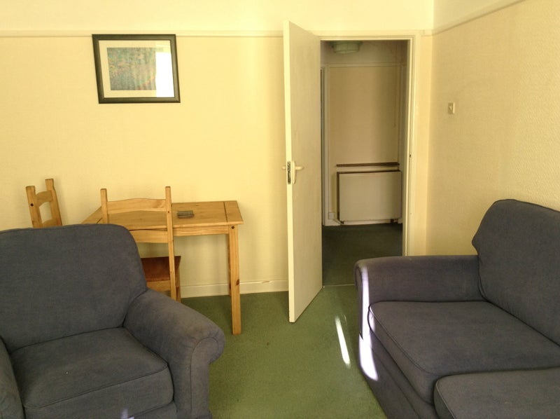 Rent Room Ashley Cross
