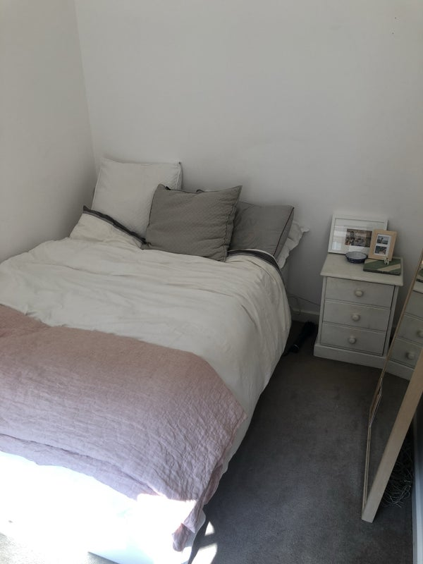 Awe Inspiring Double Room In Dalston Room To Rent From Spareroom Download Free Architecture Designs Viewormadebymaigaardcom