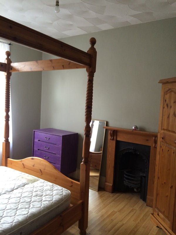 Room To Rent In Rochester Kent Uk