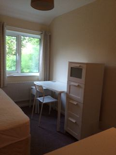 Single Room For Rent In Corby