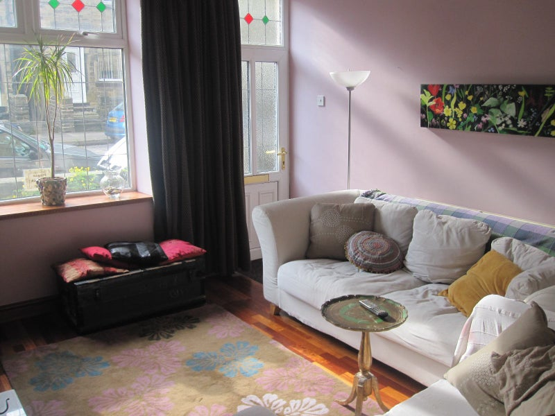 39 great views in crookes broomhill 39 room to rent from spareroom. Black Bedroom Furniture Sets. Home Design Ideas