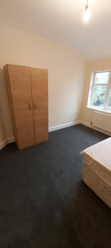 2 double rooms in New House  Main Photo