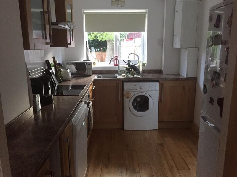 Unfurnished Room To Rent Crawley