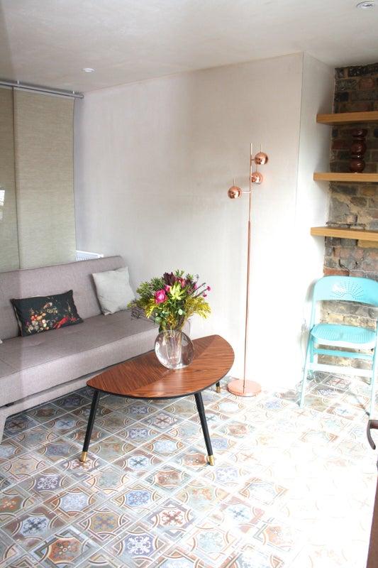 beautiful light loft studio flat in kensal green room to rent from