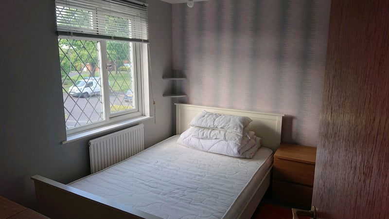 Large Double Room And Office/TV Room £500pm! Main Photo