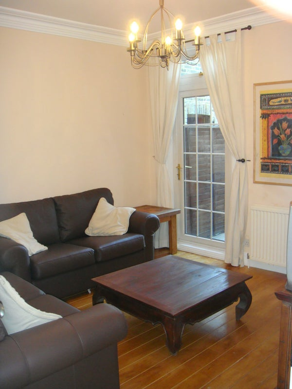 One Day Room To Rent For Couples In London